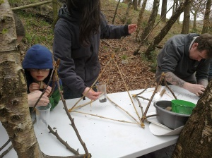 Mud slinging catapult building!